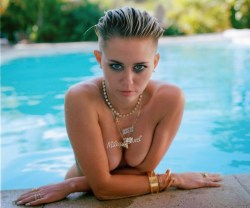 Miley Cyrus Naked Compilation 04