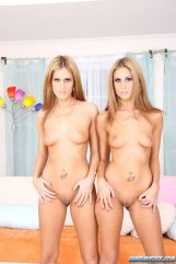 Love Twins Lyndsey Lacey porn 09
