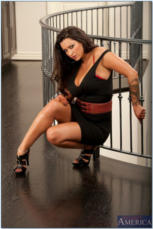 Nikita-Denise-Feet-1668026
