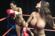 Goldie-Blair-topless-boxing