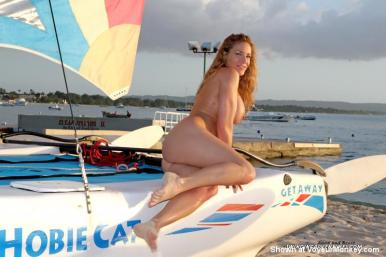 anna-miller-swinger-amateur-porn-housewife-beach-boat-naked