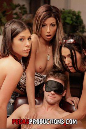 Nikki Lips pegas porn foursome