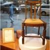 ハリー・ポッターの作者『J・K・ローリング』さん愛用の椅子がオークションで落札される。お値段はなんと 彼女の貧しい時代を見てきた椅子とは…