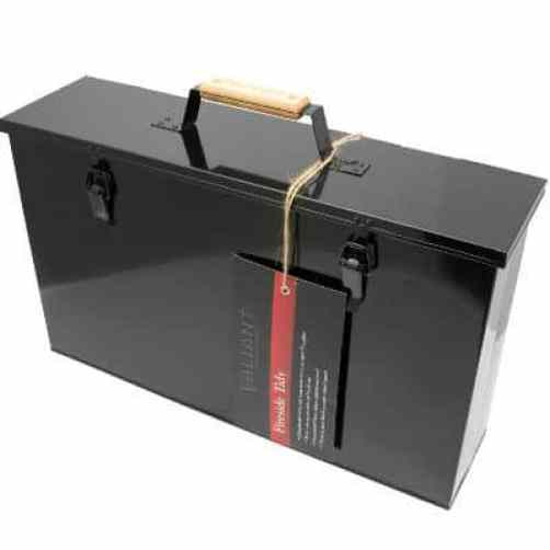 The Valiant Fireside Tidy Ash Transporter is ideal for those who clean their wood burning stove the traditional way with a brush and pan, we still think a ash vacuum is much easier and cleaner though.