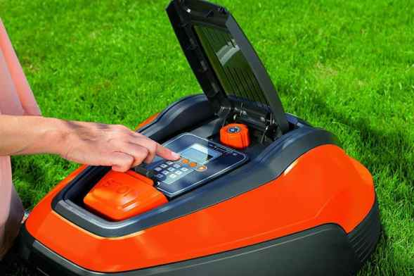The Flymo Lithium-ion Robotic Lawnmower 1200 R control panel is easy to use and program and can be set to mow on certain days between certain times