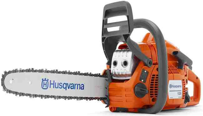 Best Petrol Chainsaw - Husqvarna chainsaw review - The Husqvarna 135 X-TORQ is probably the best petrol multi-purpose chainsaw we have ever tested, we have used Stihl chainsaws around the nursery for many years and can honestly say that this Husqvarna 135 chainsaw is my preferred choice out out of the two.