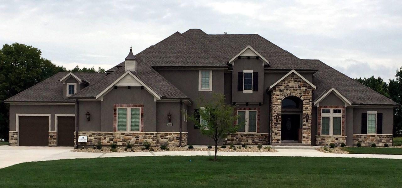 Pyramid new homes builders pyramid homes llc for Modern homes llc