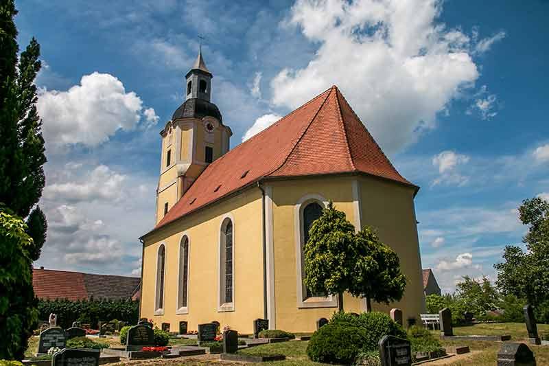 Die Kirche von Trossin: Erbaut 1772 und bezahlt von Christian Gottlob Frege I.