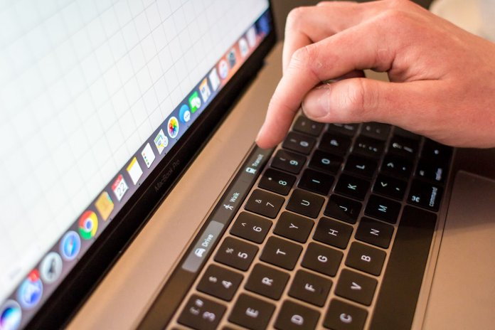 el MacBook Touch Bar