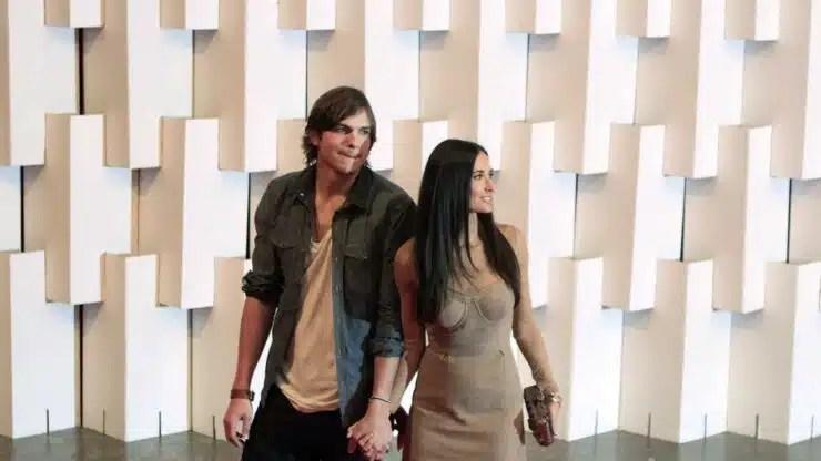 Demi Moore dice que Ashton Kutcher la engañó cuando estaban juntos