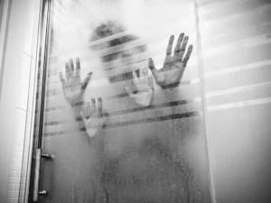 Posiciones sexuales en la ducha