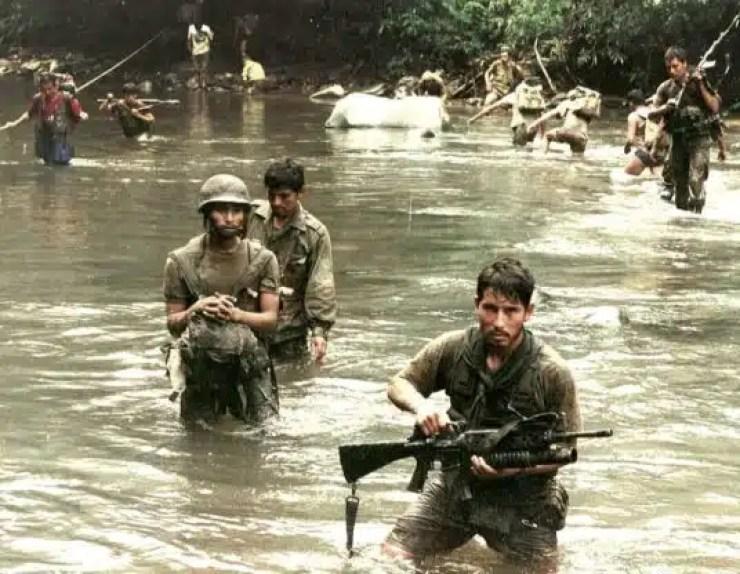Soldados Peruanos Conflicto del Cenepa