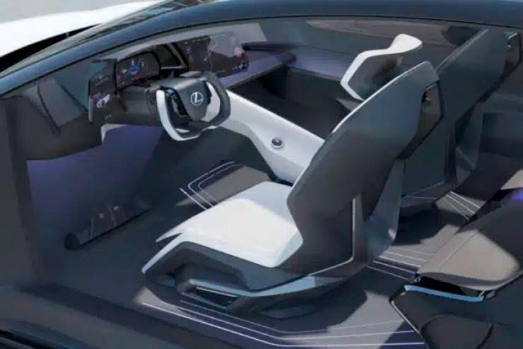 interior del Lexus SUV eléctrico LF-Z