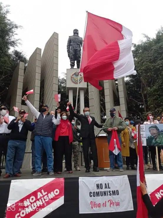 Marcha Por la democracia Plaza Abelardo Quiñonez