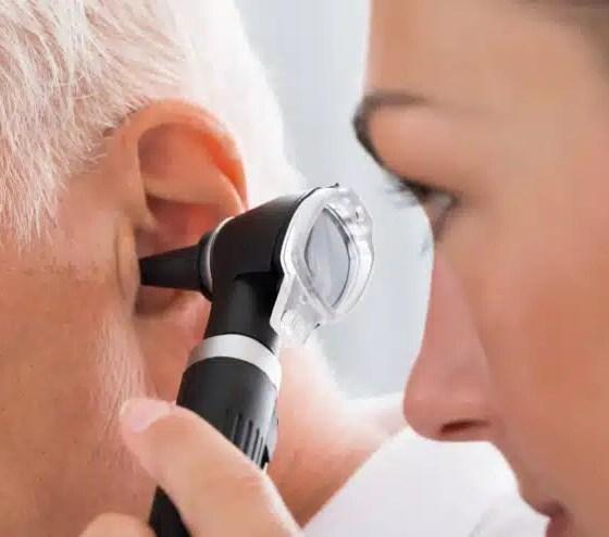 obstrucción del oído