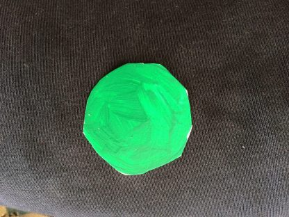 Målad brilliant grön