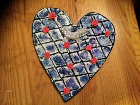 Måla stora mönster hjärtan
