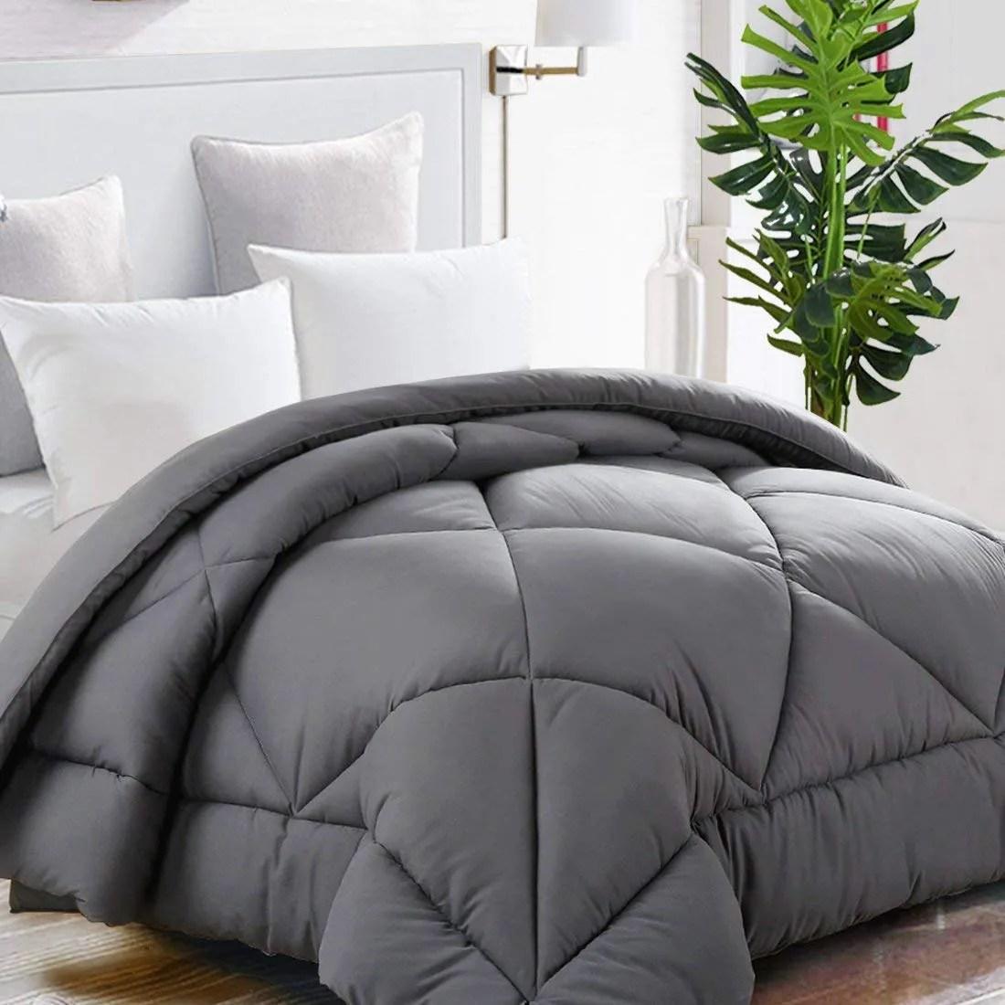 tekamon all season down alternative comforter