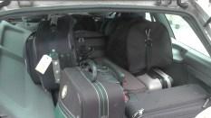 Das Gepäck ist im Begleitfahrzeug verstaut
