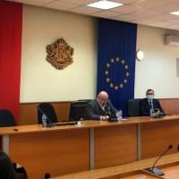 """Министър и кмет откриха обновената зала """"Васил Левски"""""""
