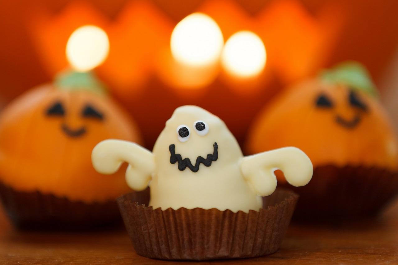 Upiorne smakołyki na imprezę w Halloween