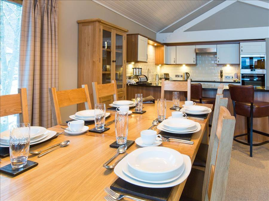 Cameron House Three Bedroom Detached Lodge With Scenic View