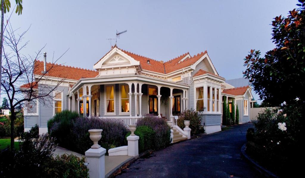 Mchardy Lodge Napier New Zealand Booking Com