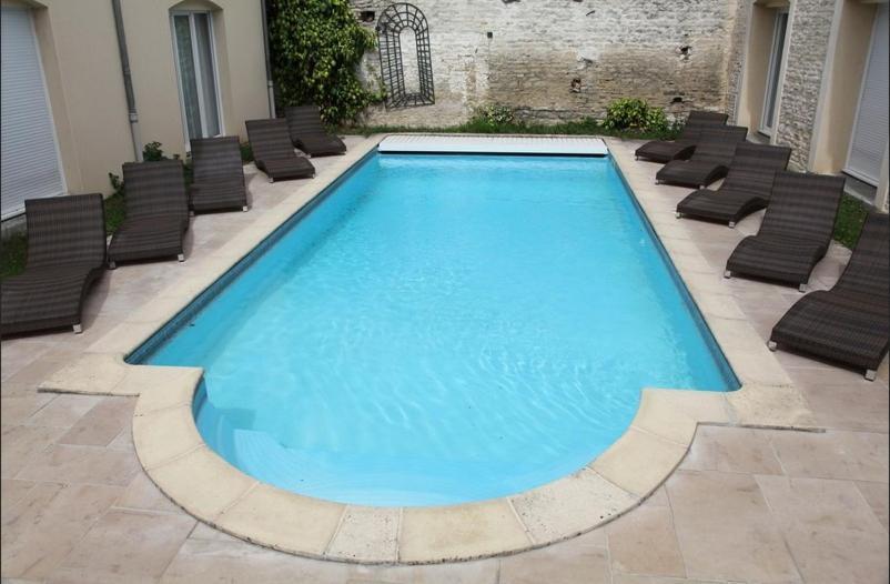 Hotel Logis Le Saint Nicolas Bar Sur Aube France Booking Com