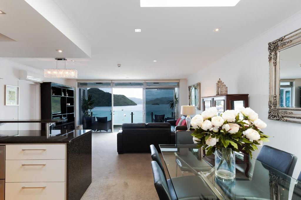 Apartment Picton Waterfront Penthouse New Zealand Booking Com