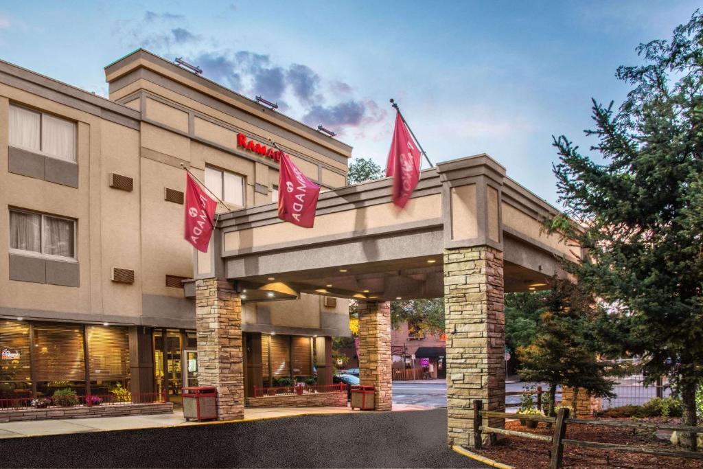 Hotel Ramada Denver Downtown Co Booking Com
