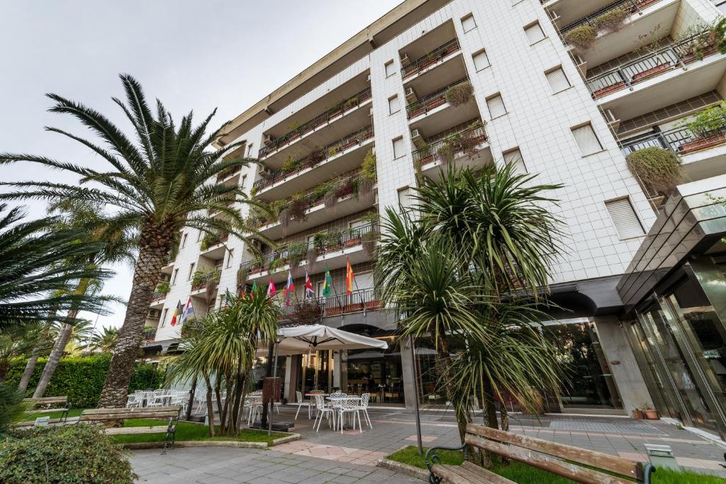 Rondo Hotel Bari Prezzi Aggiornati Per Il 2019