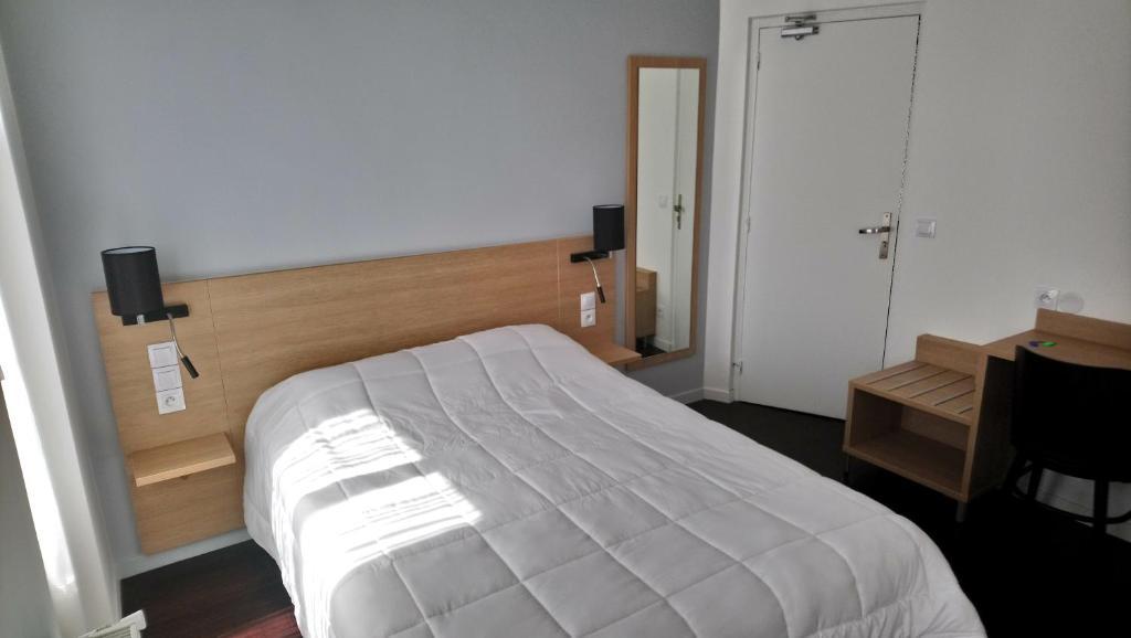 Hotel Rivoli Paris France Booking Com