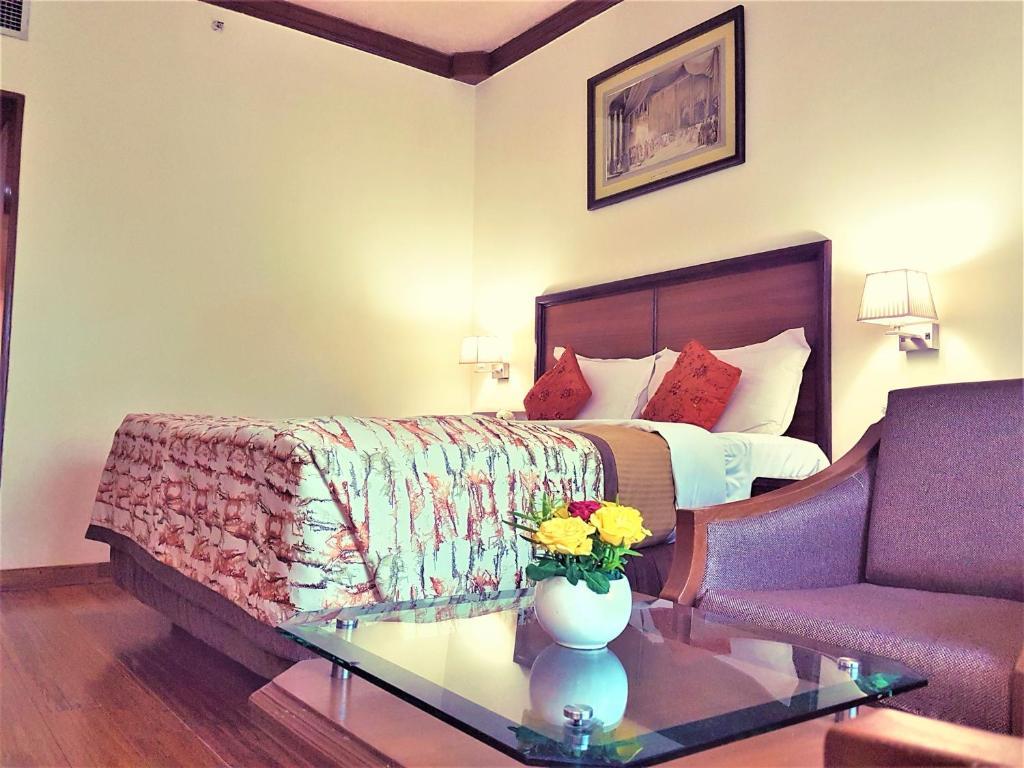 Hotel Samrat New Delhi India Booking Com