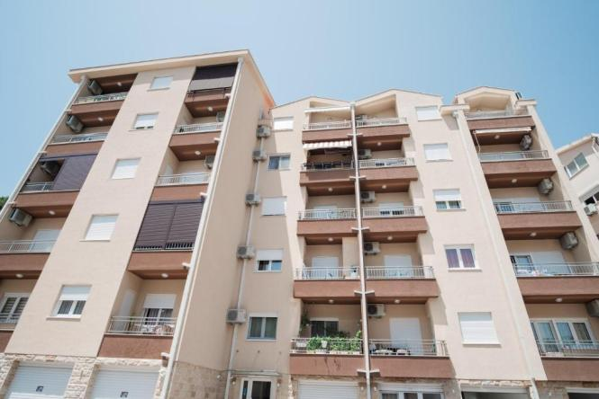 Vanja Apartment Budva Monte Booking