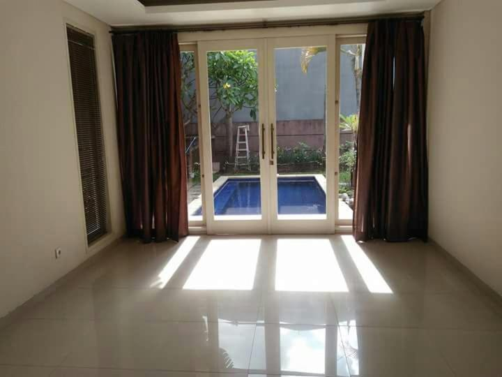 Economy Hotels Mangboo House Denpasar Indonesia Booking Com