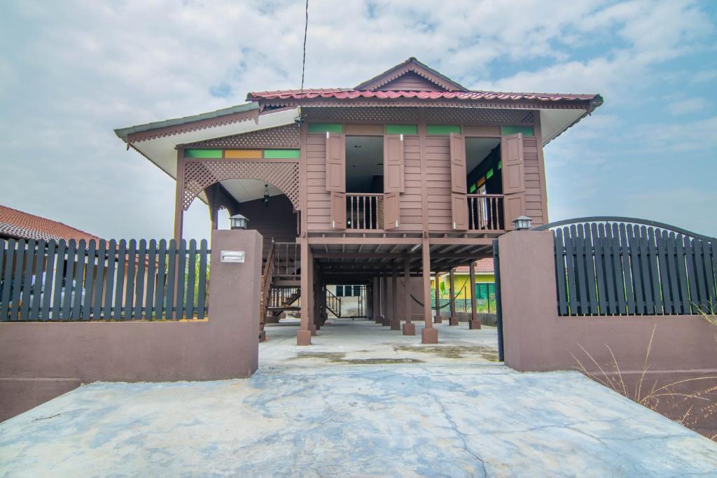 Teratak Inap Near Lost World Of Tambun Ipoh Malaysia