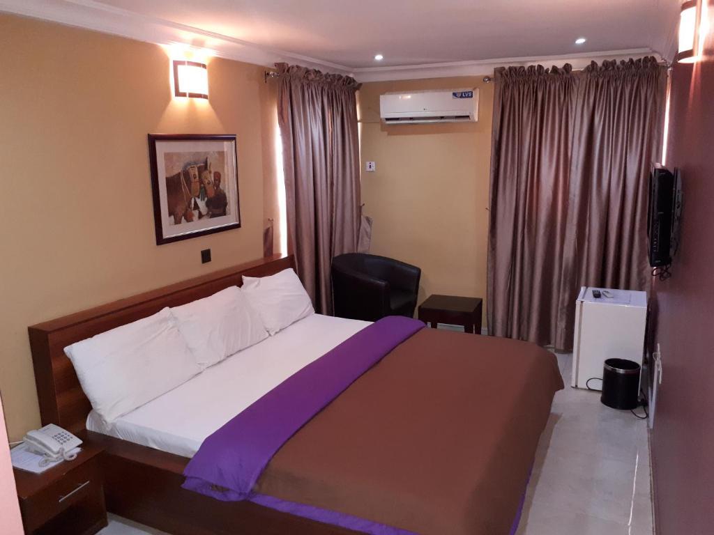 Serendipity Anchotel Ikeja Nigeria Booking Com