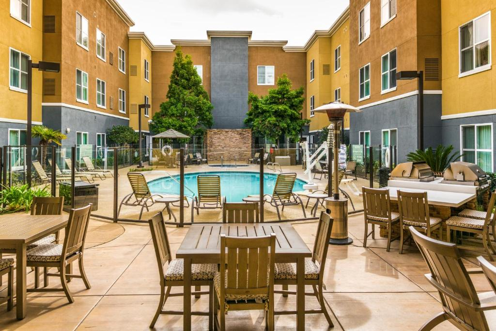 Hotel Homewood Suites By Hilton Carlsbad Ca Booking Com