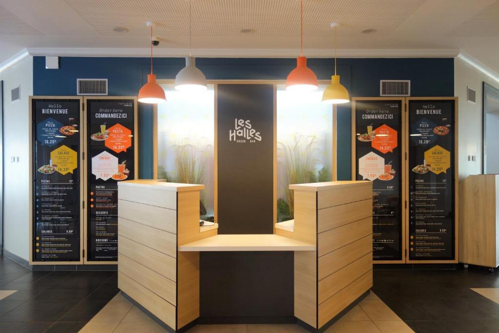 B B Hotel Magny Le Hongre France Booking Com
