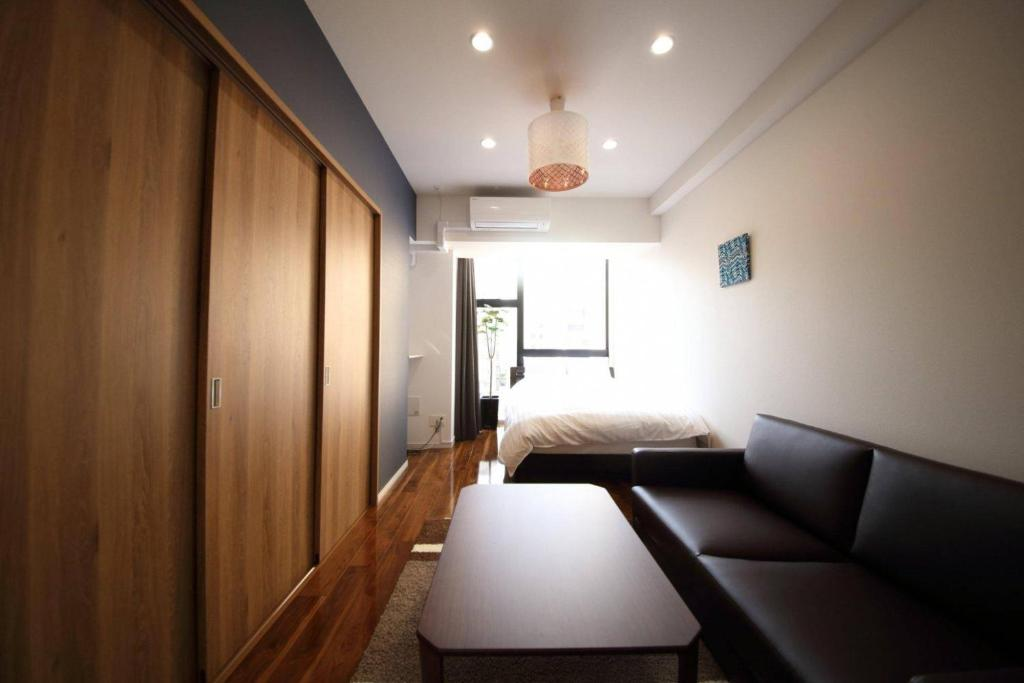Apartment Luxury Mansion Shinsaibashi 5mins 303 Osaka