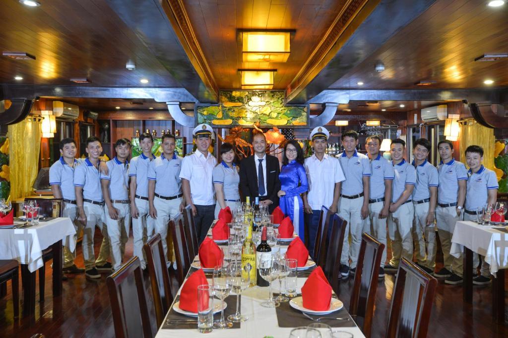 Oasis Bay Classic Cruises Ha Long Vietnam Booking Com
