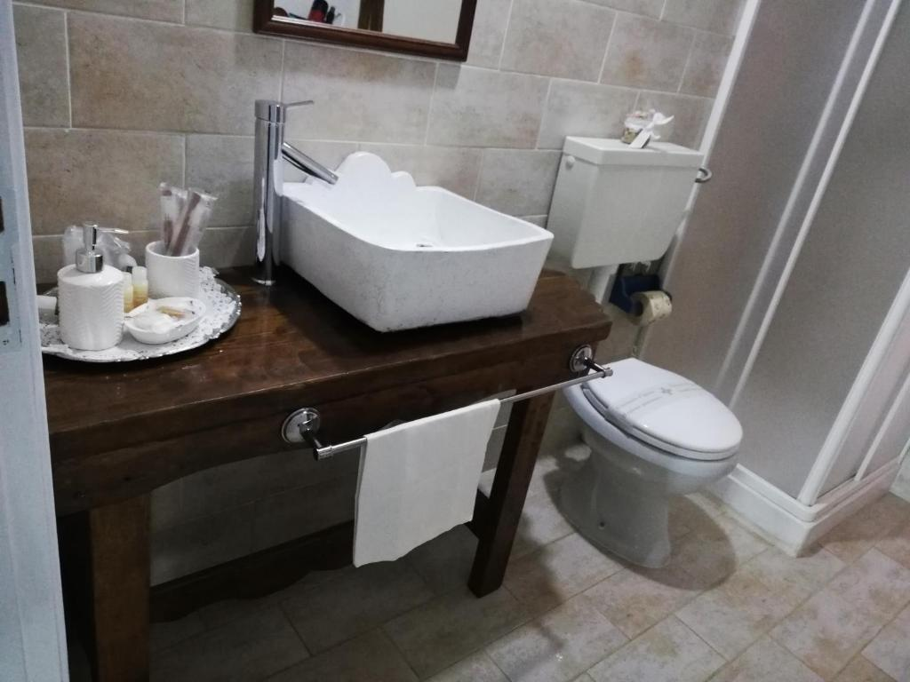 Double En Suite In Villa 5 Mins Walk To Beach Noto Marina