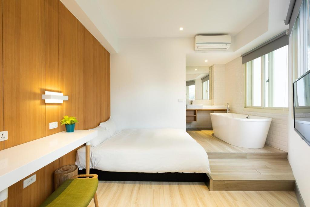 Meander Taipei Hostel Ximending Taiwan Booking Com
