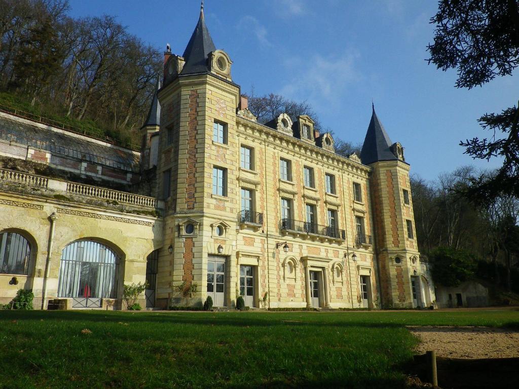 Hotel Chateau De Perreux Amboise France Booking Com