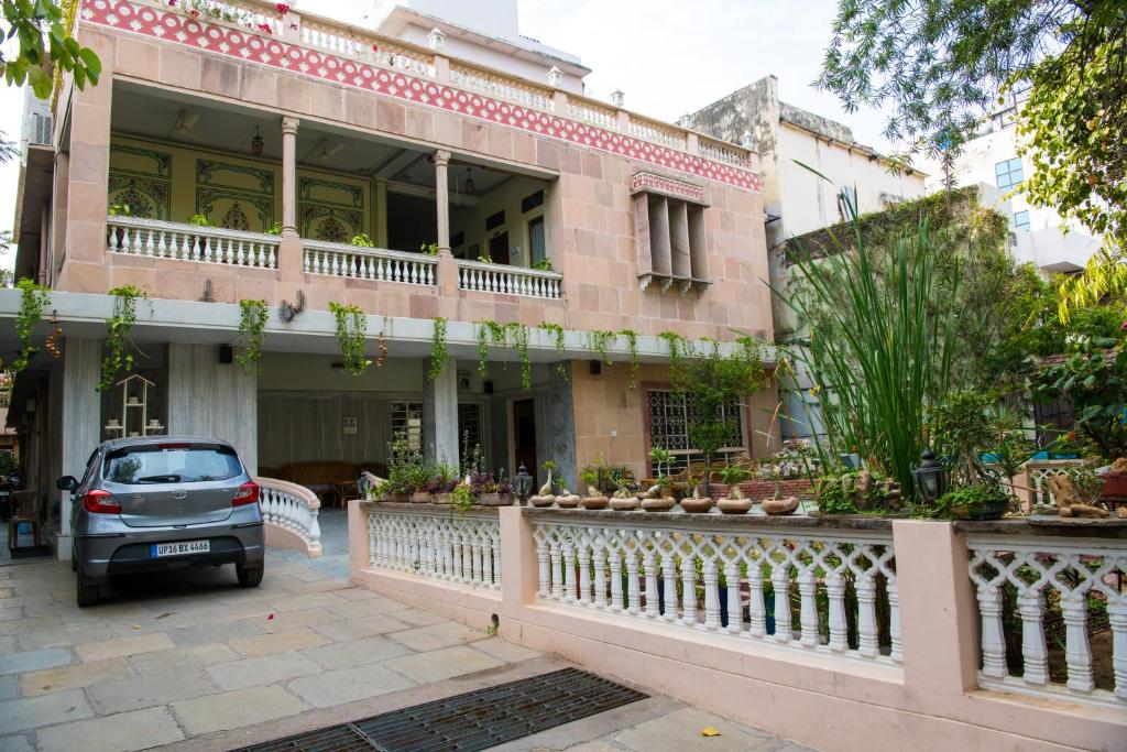 Hotel Tara Niwas Jaipur India Booking Com
