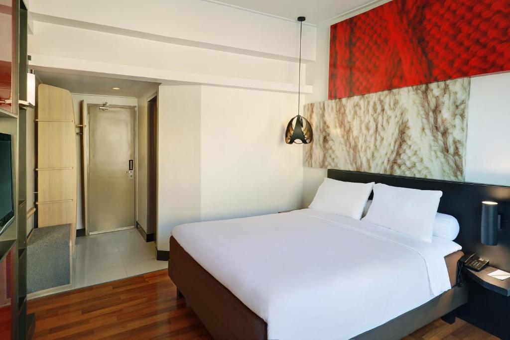Hotel Ibis Malioboro Yogyakarta Indonesia Booking Com