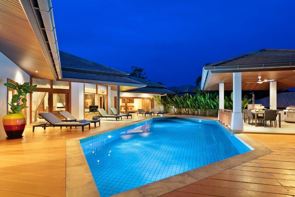 Mai Tai Luxury 3 Bedroom Villa Choeng Mon Beach Thailand