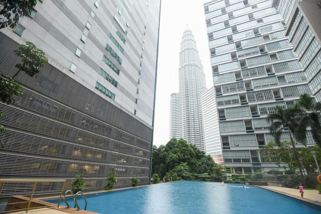 Klcc Twin Tower Marc Residence Kuala Lumpur Hotel Food