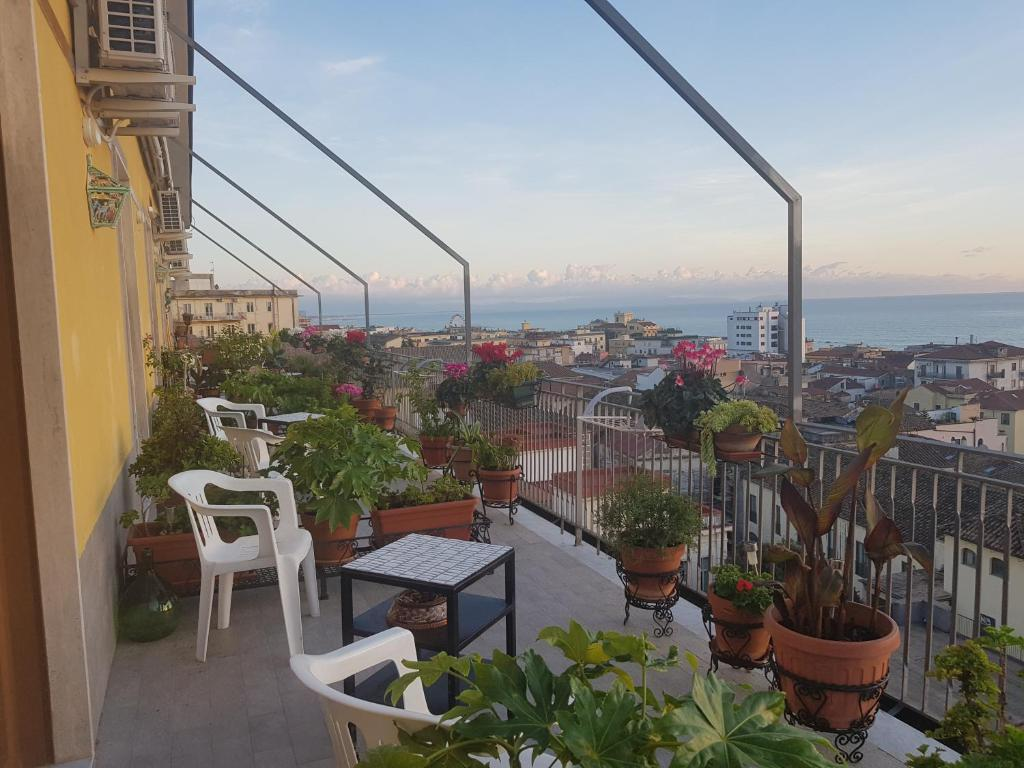 Bed And Breakfast Armonia Salerno Italy Booking Com