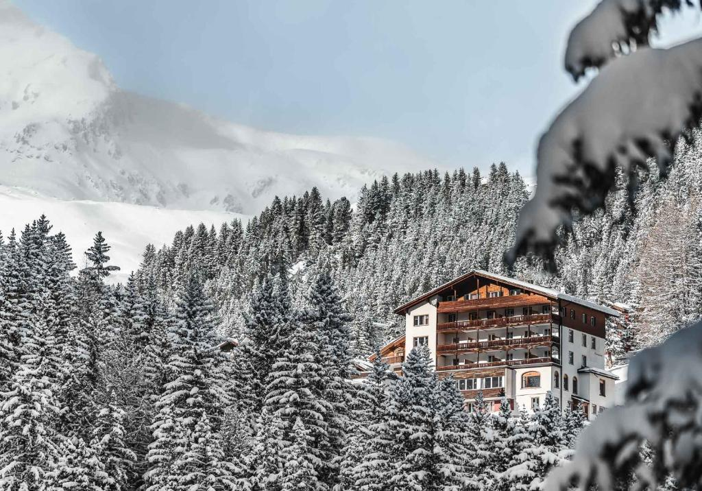 Hotel Alpensonne Arosa Switzerland Booking Com